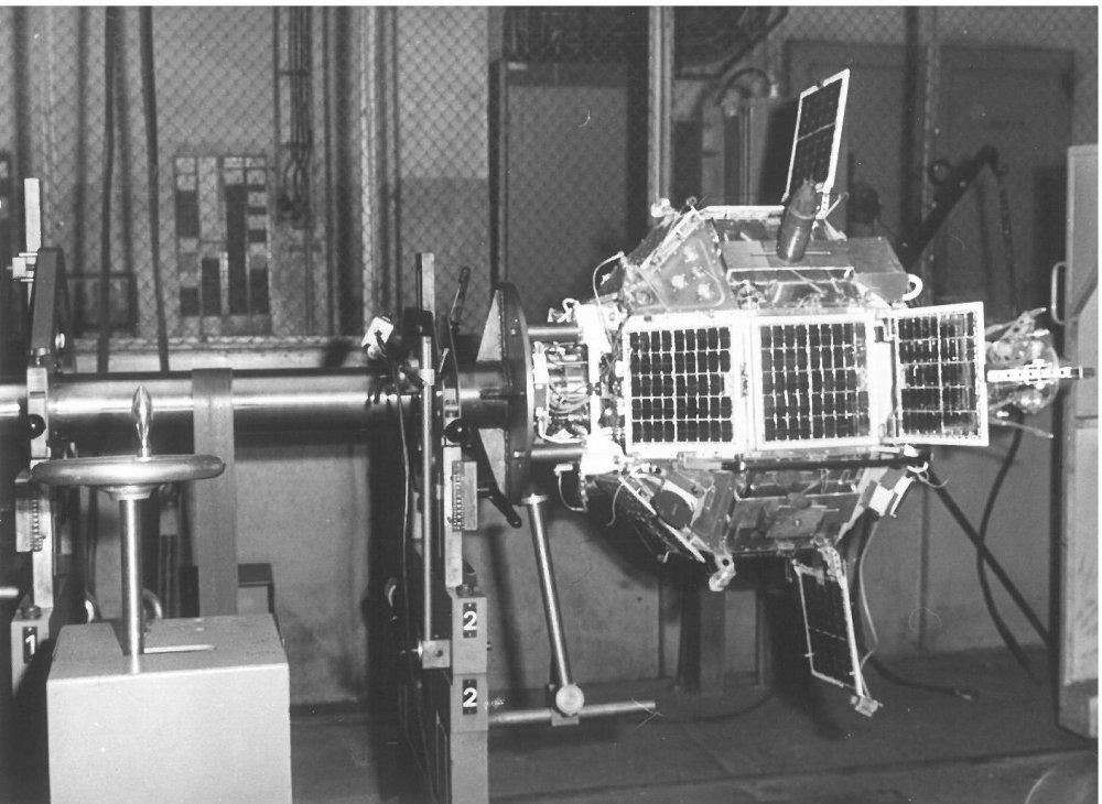 V LOM PRAHA s.p. bylo provedeno také dynamické vyvážení družice Magion 4